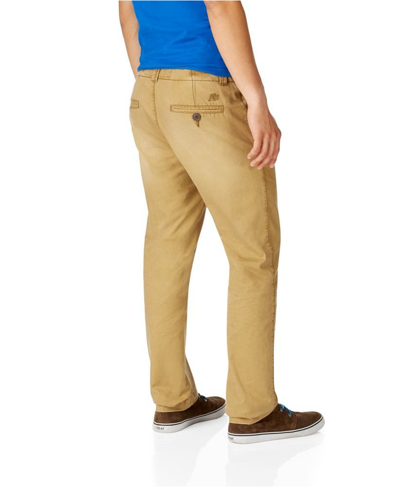Whether you're looking for tried and true khaki pants for men, plaid chinos, or stylish skinny black chino pants, PacSun's excellent selection's got you covered. Starting with the basics, every guy should own a decent pair of men's khaki pants.