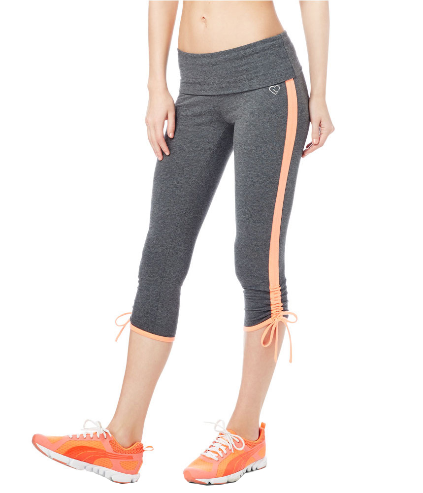 Shop our funky yoga & workout capris & cropped leggings for women. Designer capri pants for yoga, running, Pilates & cycling from the world's top brands!