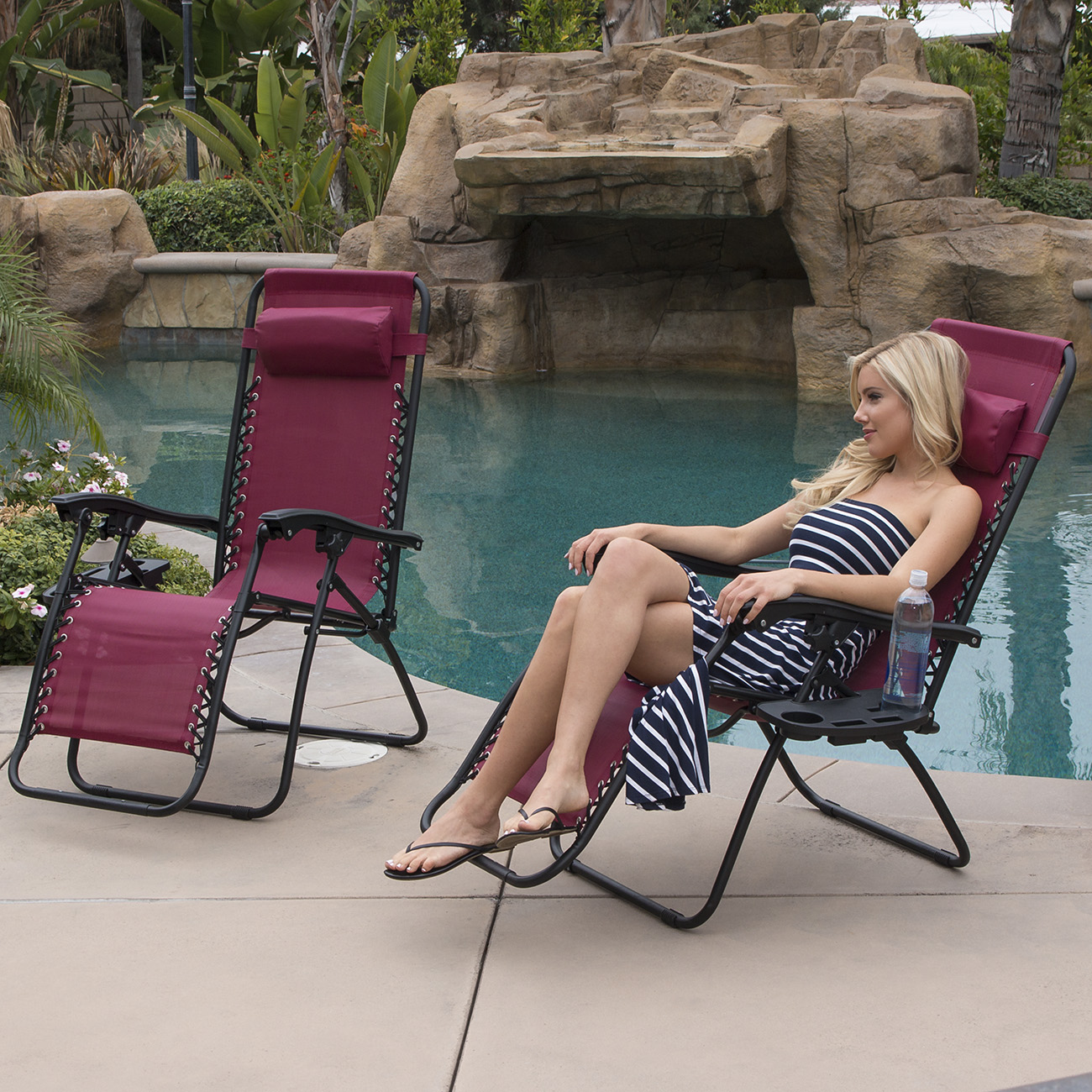 Folding outdoor lounge chair - 2 Folding Zero Gravity Reclining Lounge Chairs Utility