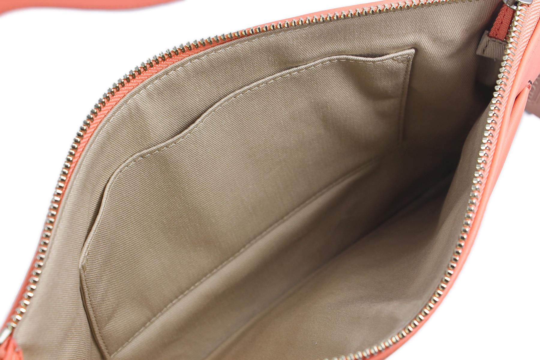 burberry handbags outlet online  handbags & bags
