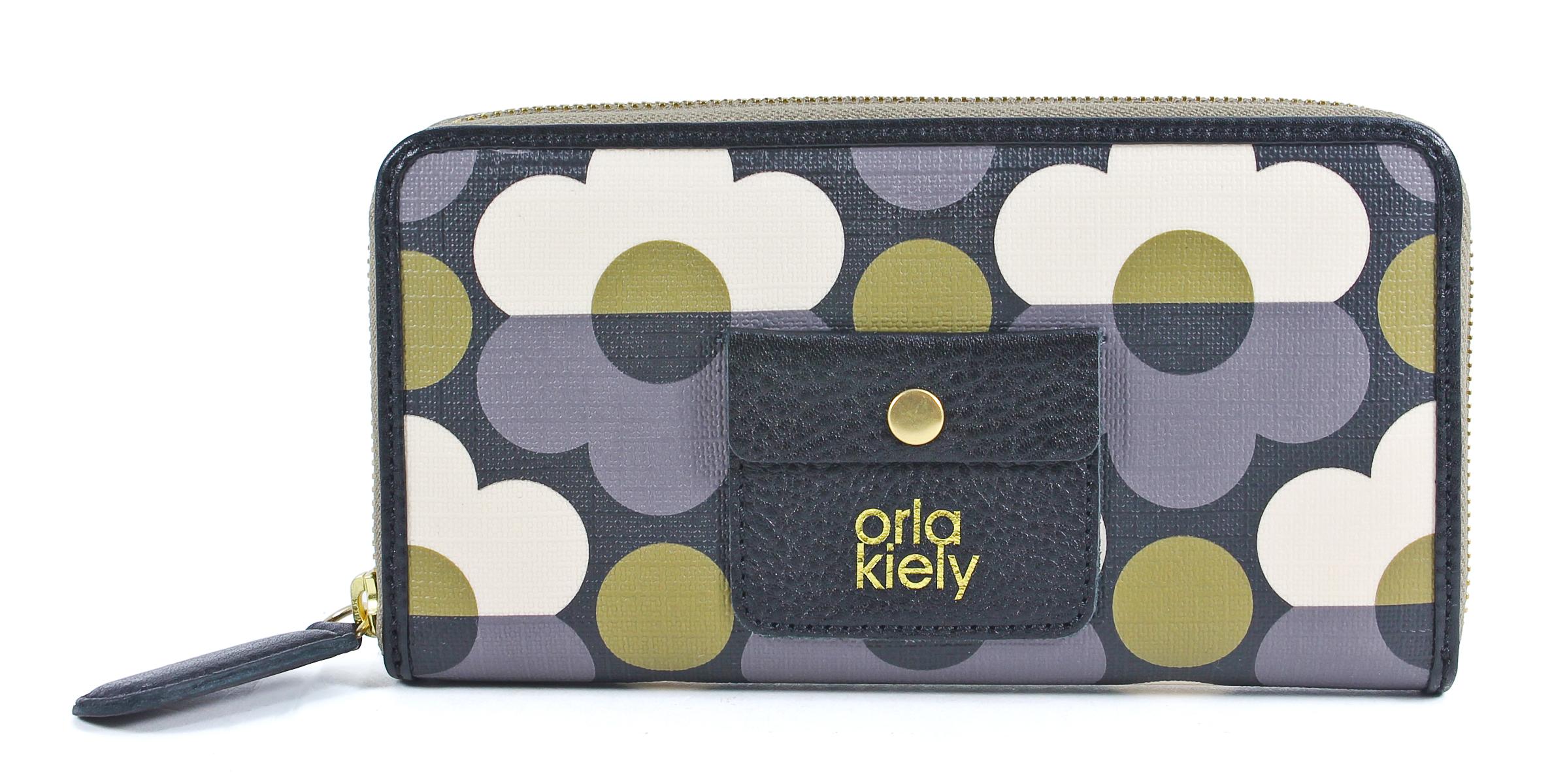 burberry handbags outlet sale  merchandise