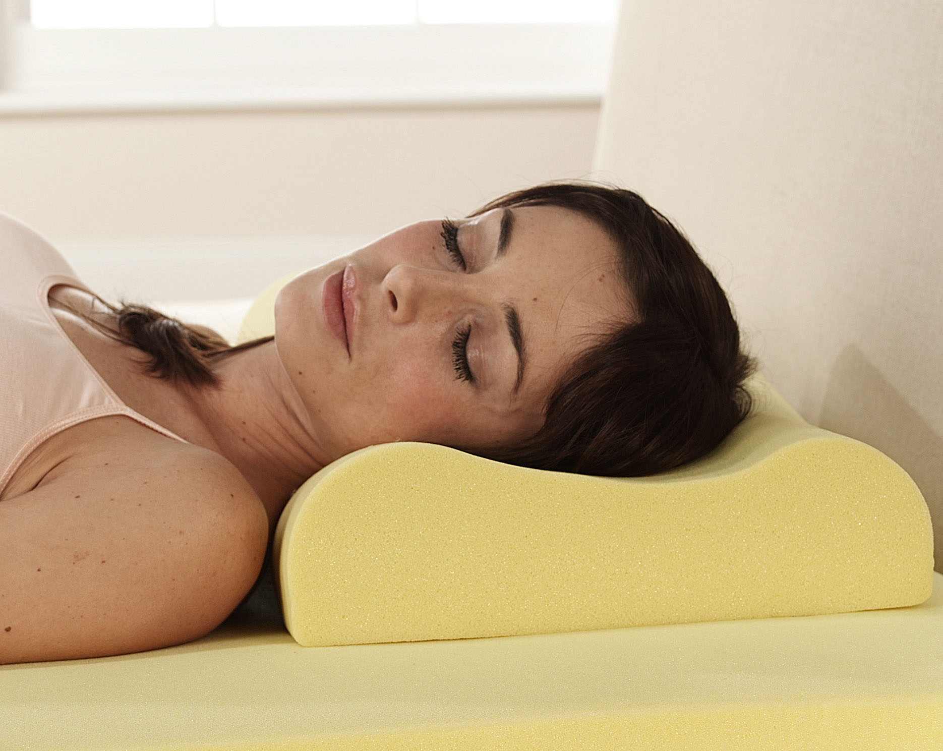 Memory Foam Pillow That Gives You A More Comfortable And