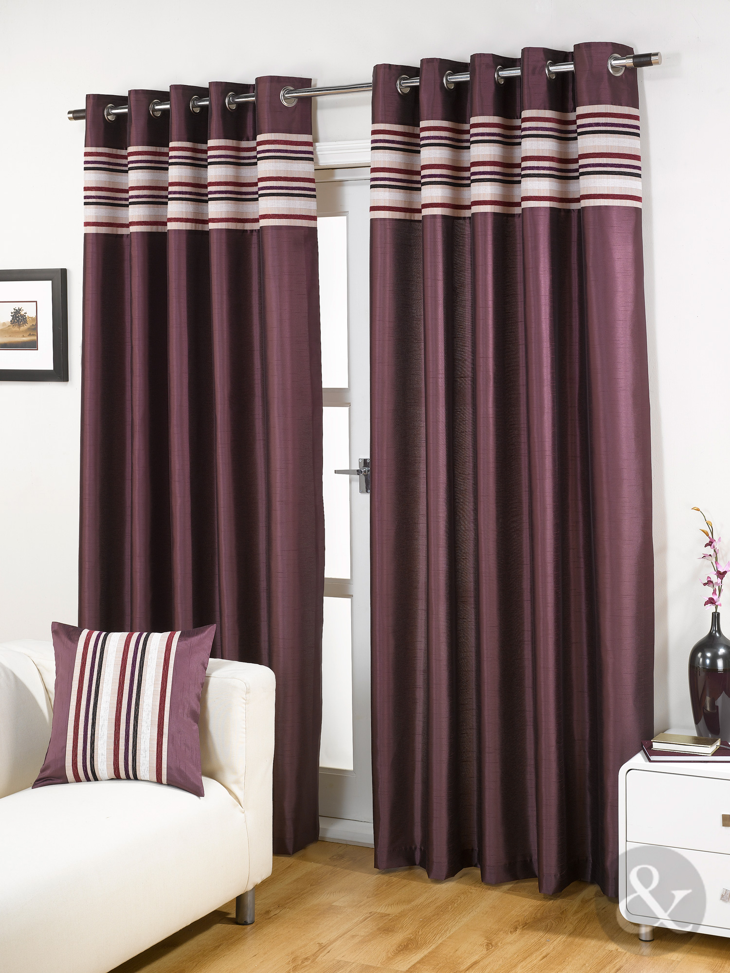 Aubergine curtains 2
