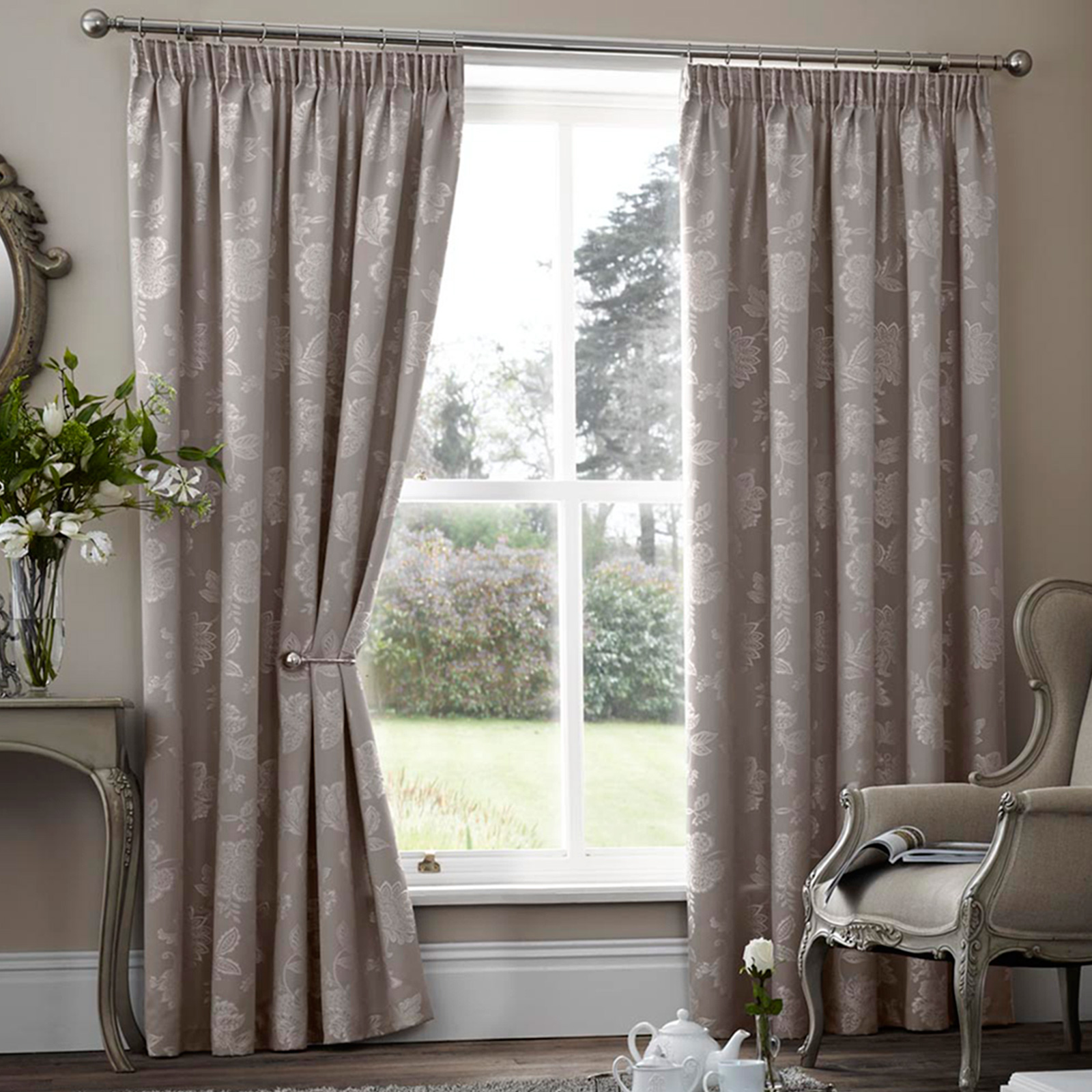 floral jacquard thermal curtains pair ready made. Black Bedroom Furniture Sets. Home Design Ideas