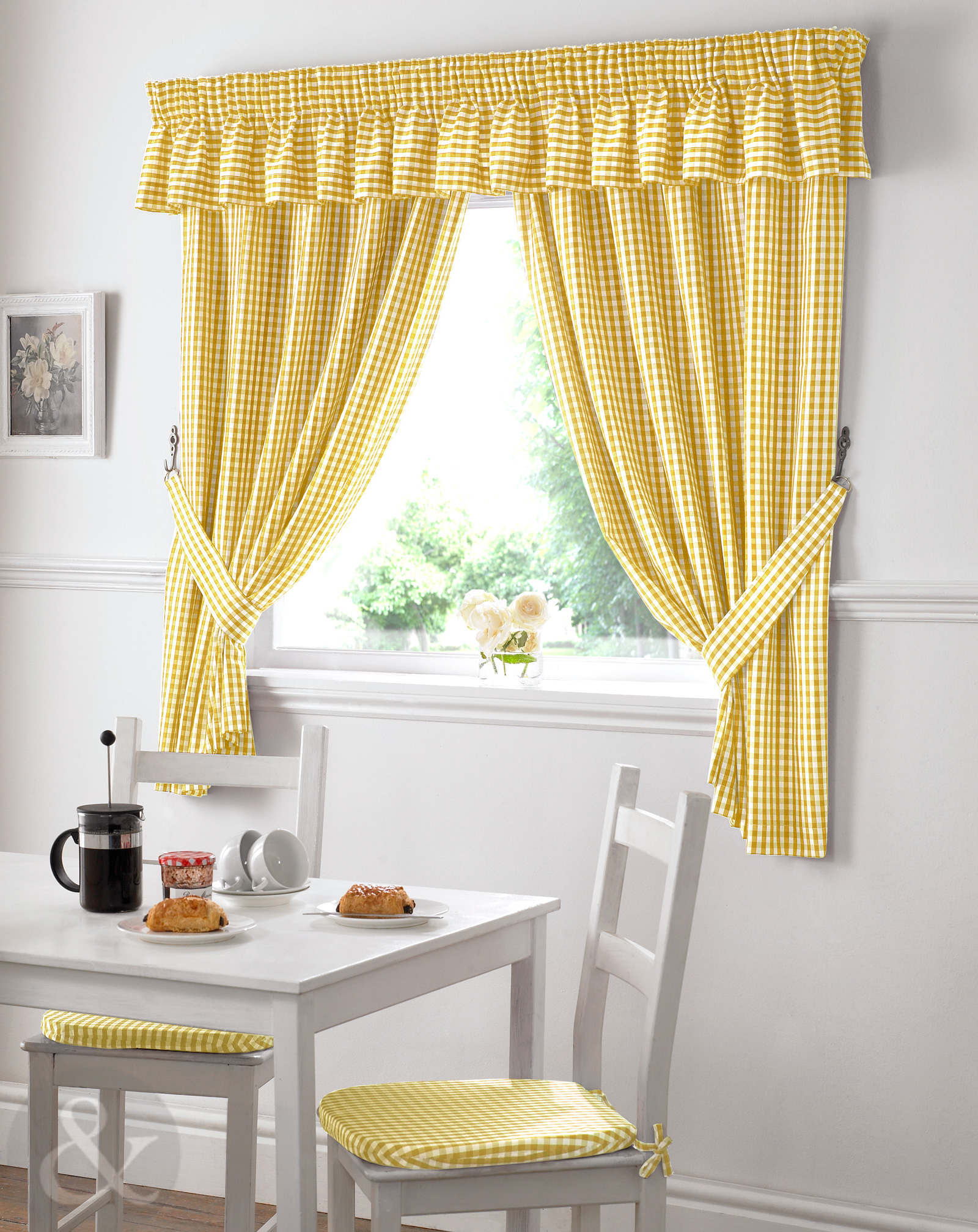 gingham check kitchen curtains ready made pencil pleat net curtain