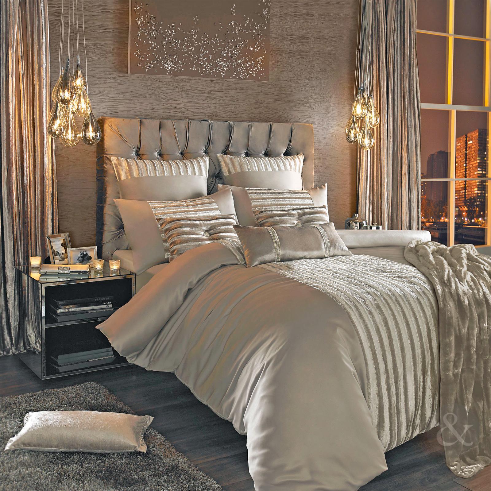 housse de couette luxe cgmrotterdam. Black Bedroom Furniture Sets. Home Design Ideas