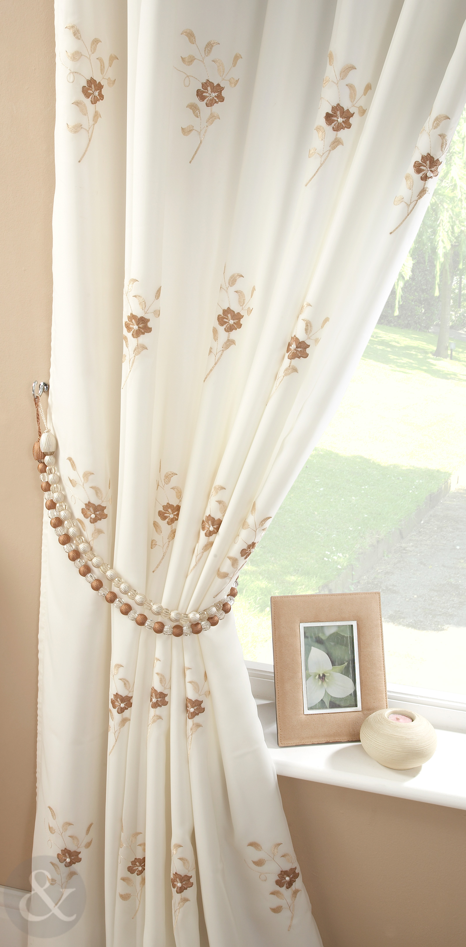 Pearl Lined Voile Curtains Floral Embroidered Pencil