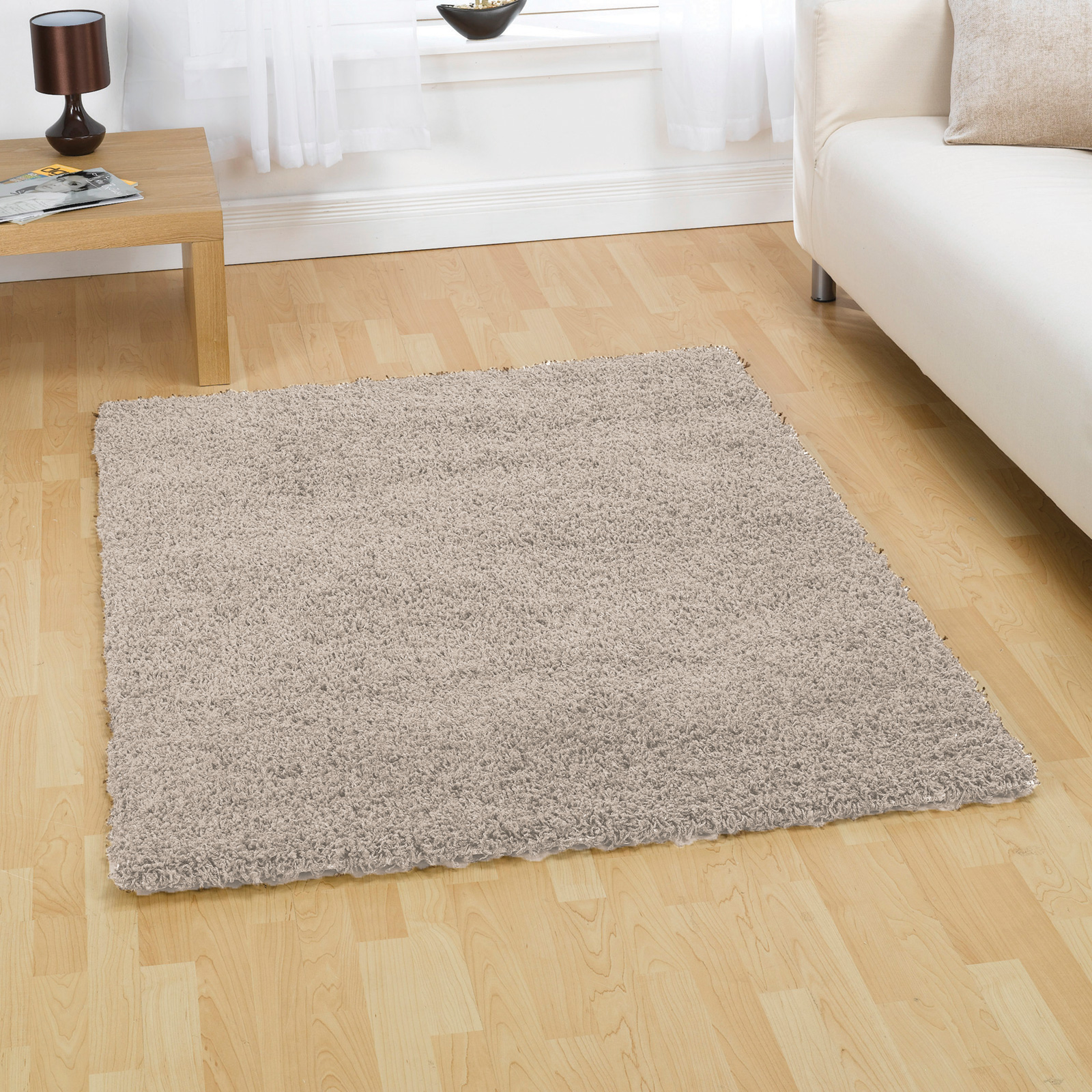 plain shaggy carpet rug with 5cm deep pile soft warm