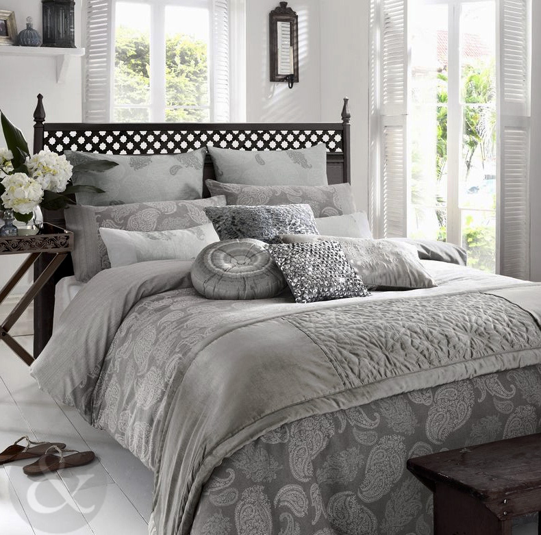 elizabeth hurley zanzi paisley housse de couette gris bleu clair 100 coton literie ebay. Black Bedroom Furniture Sets. Home Design Ideas