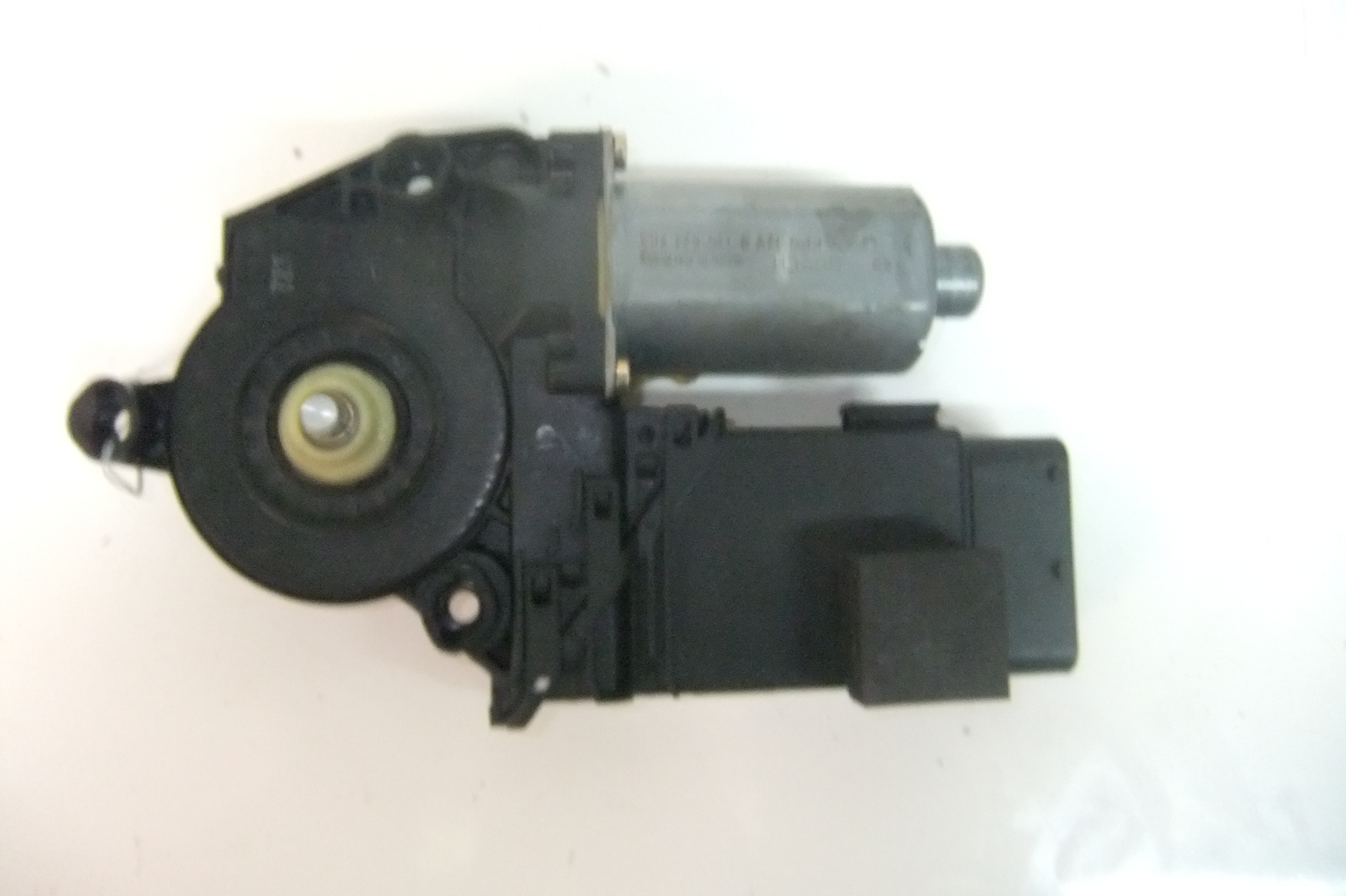Door window motor 1j1959801c vw golf jetta 99 01 lh driver for 2000 jetta window regulator
