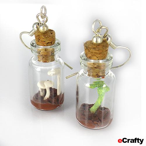 5 New DIYs To Try Mini Terrarium Jewelry Sea Glass
