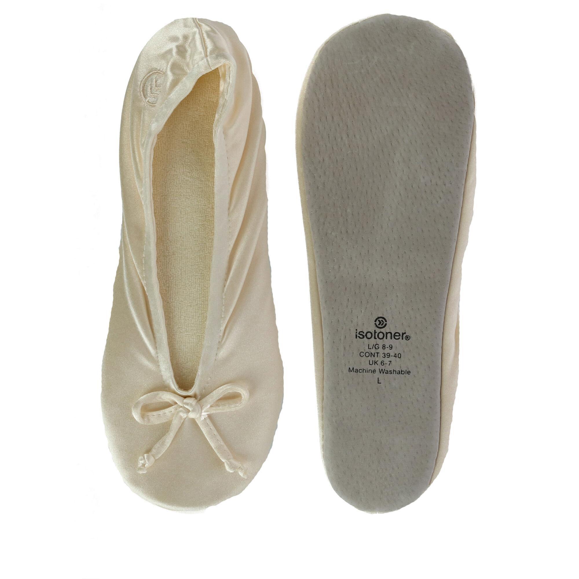 New Isotoner Women/'s Satin Classic Ballerina Slippers