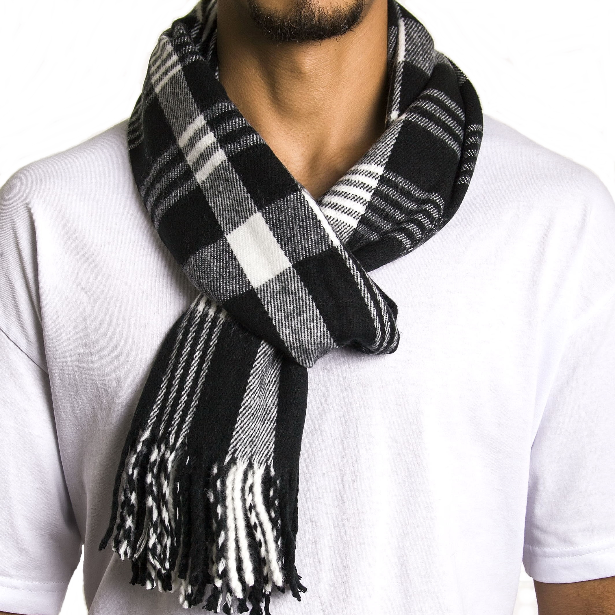 Men's retro & mod scarves at Atom Retro. Mod silk Tootal & Peckham Rye Scarves, retro 70s knitted scarves. Fast delivery.