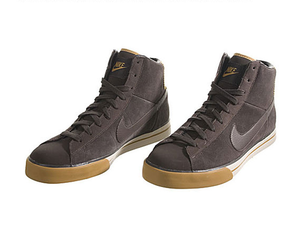 Shop for the newest men's basketball shoes in the game. Free Shipping on full priced items, everyday at Champs Sports.