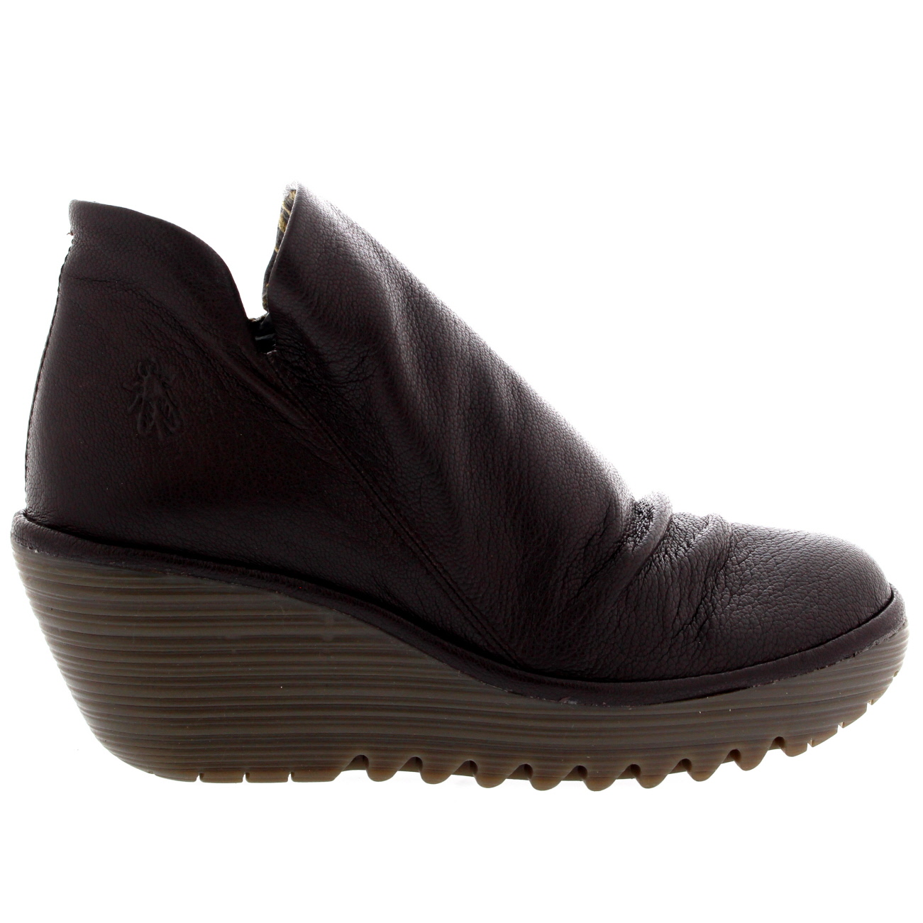 womens fly yip mousse wedge heel leather casual