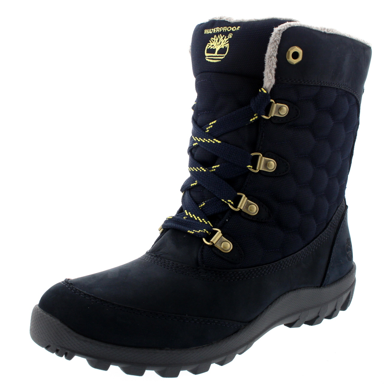 Shop women's snow boots with a variety of functionalities, like advanced waterproofing and insulation, from The North Face winter boot collection.