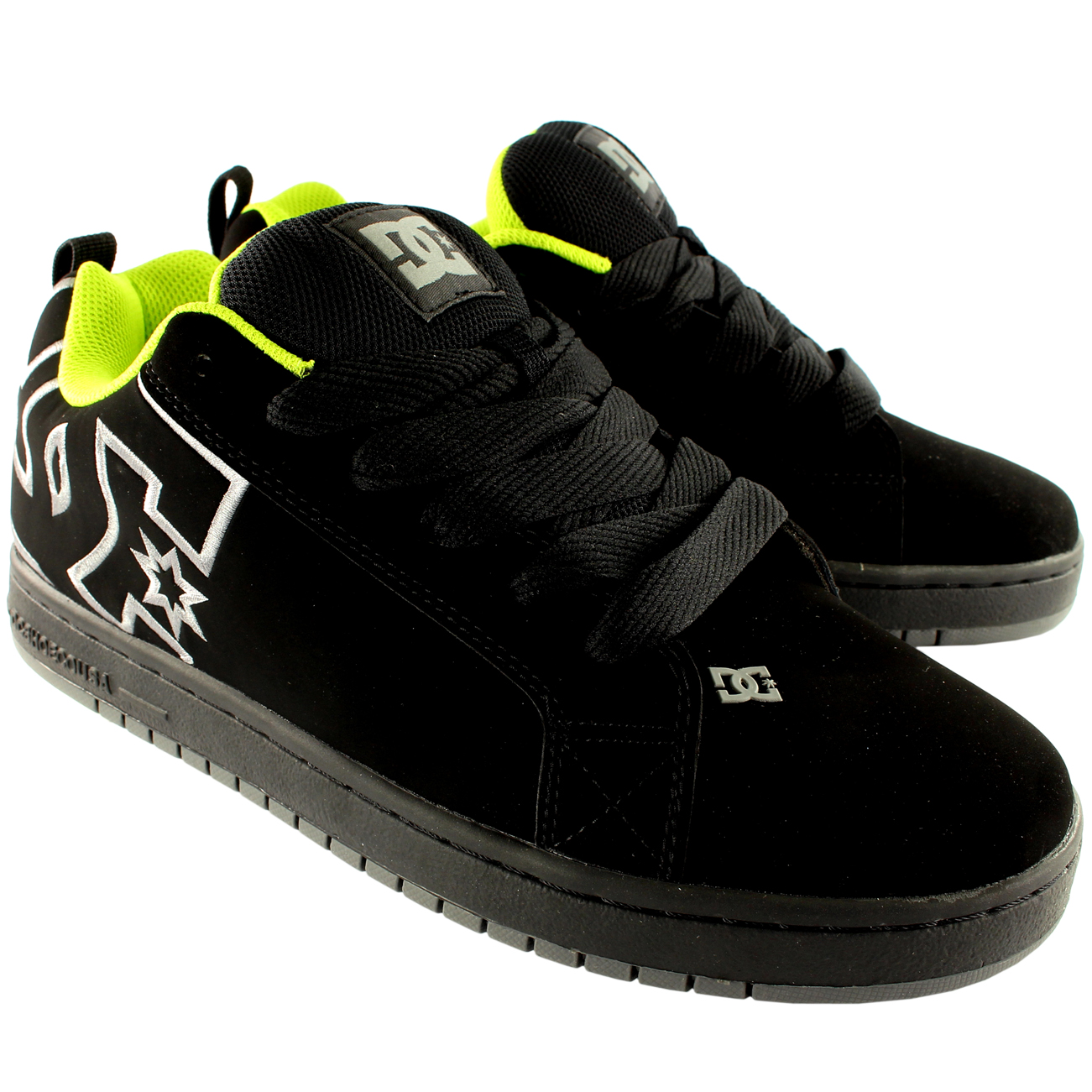 DC Shoes Court Graffik Skate Shoes
