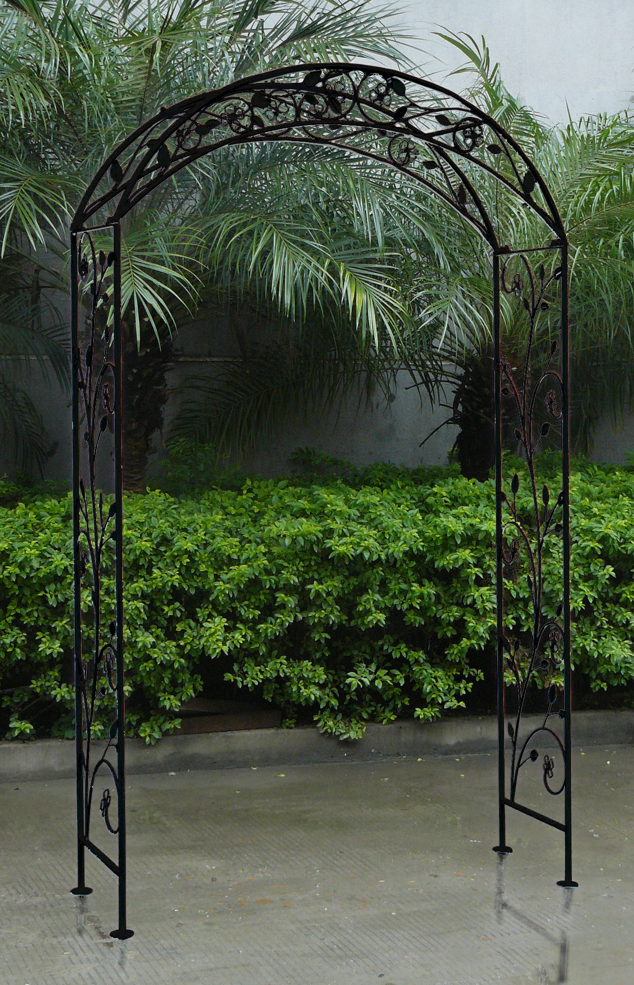 Bentley Garden Wrought Iron Garden Arch Outdoor Archway