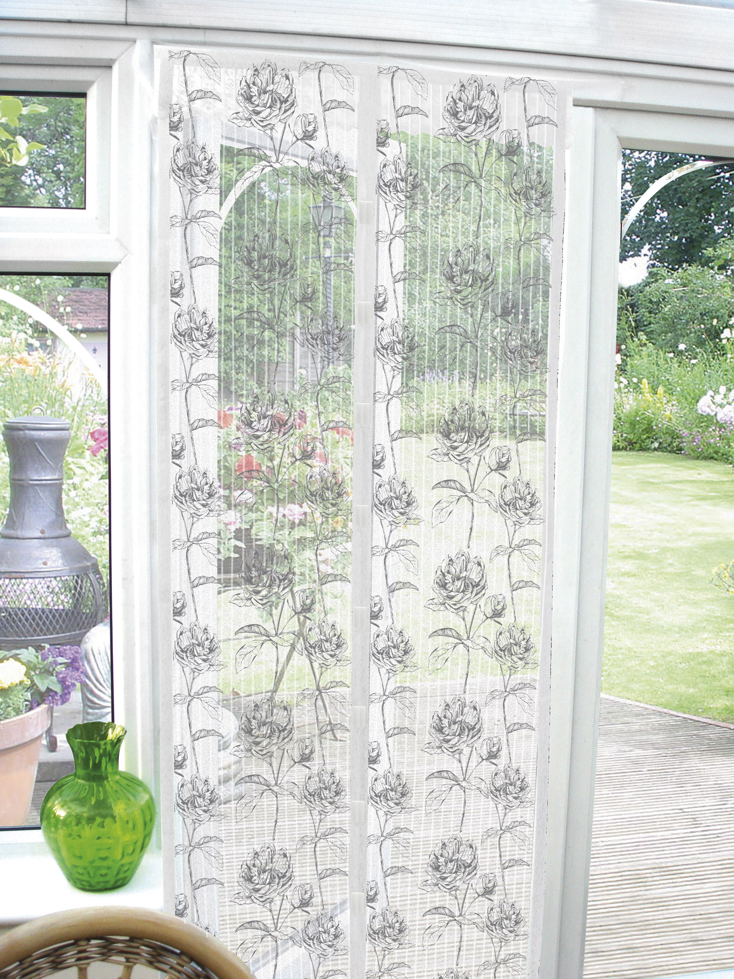 fly bug insect pest door screen guard magnetic curtain. Black Bedroom Furniture Sets. Home Design Ideas