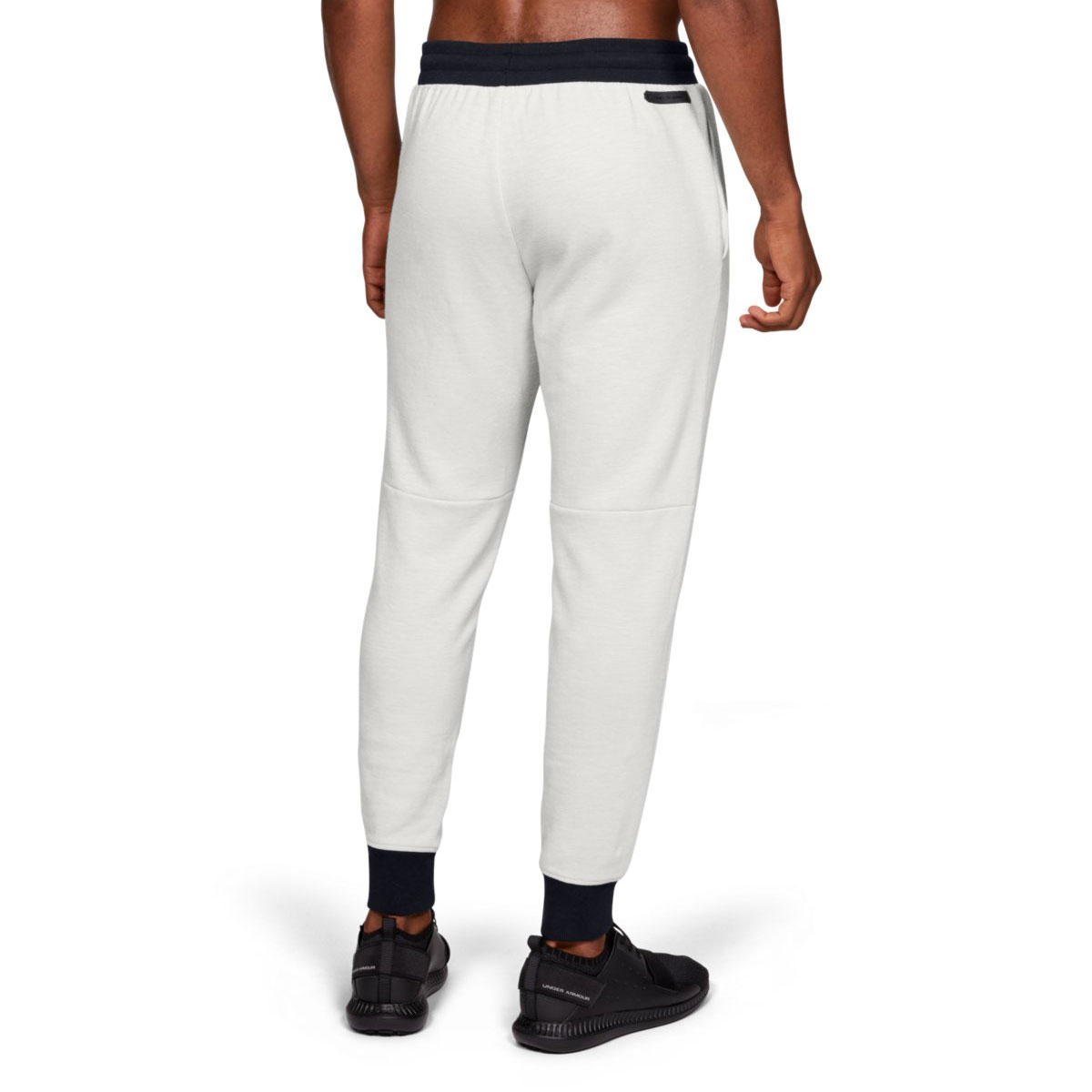 Under Armour Mens 2019 Unstoppable 2X Knit Jogger  Stretch Soft Joggers
