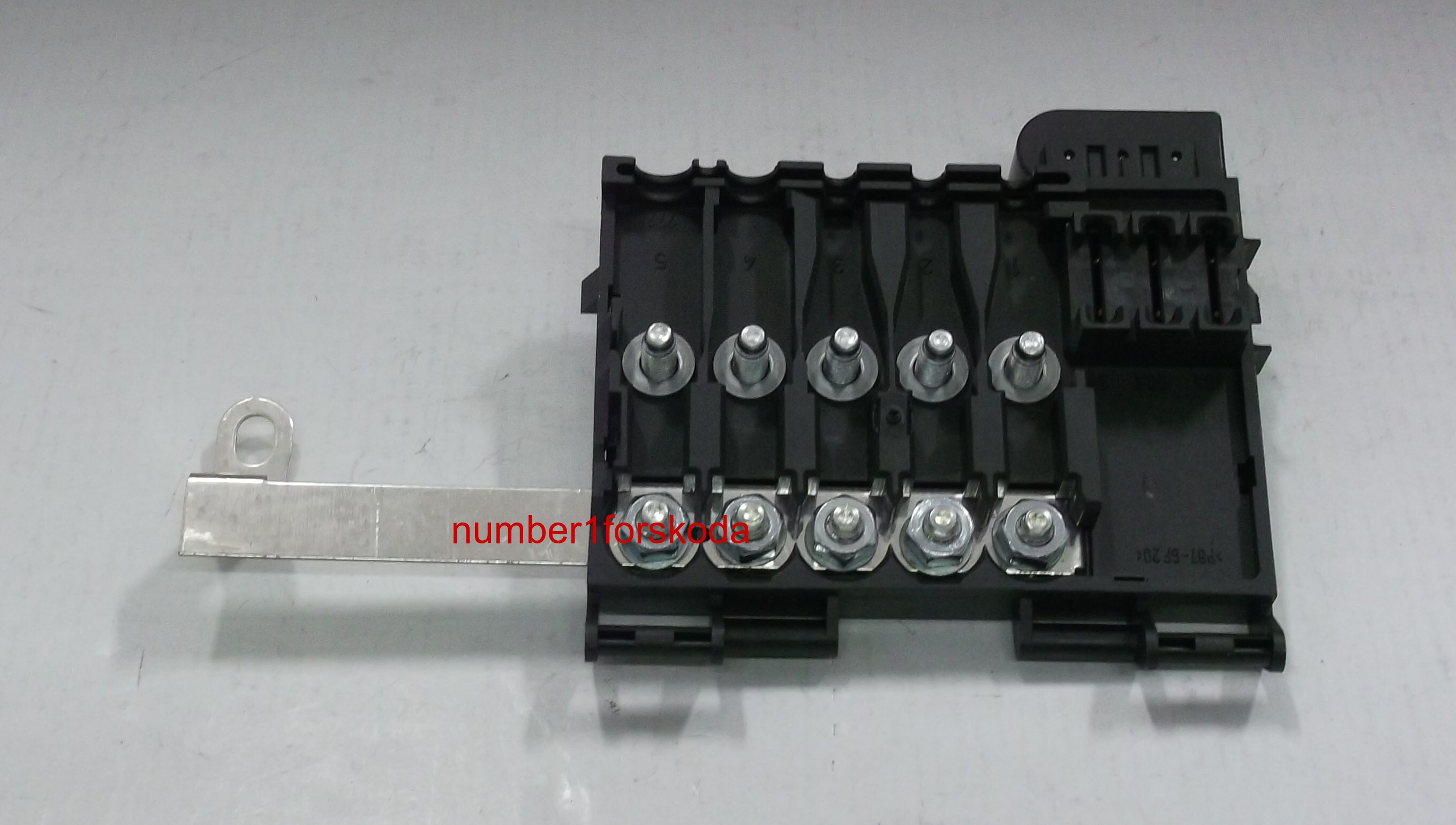 genuine audi battery fuse box 1j0937617c product details