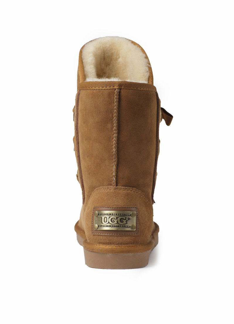 Ozwear UGG Bedouin Boots with Metal Label
