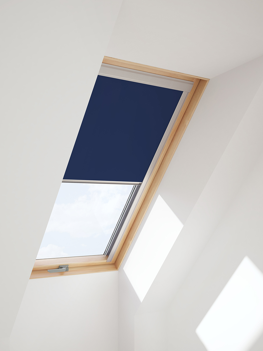 verdunkelungsrollo f r velux dachfenster in beige blau oder wei von itzala ebay. Black Bedroom Furniture Sets. Home Design Ideas