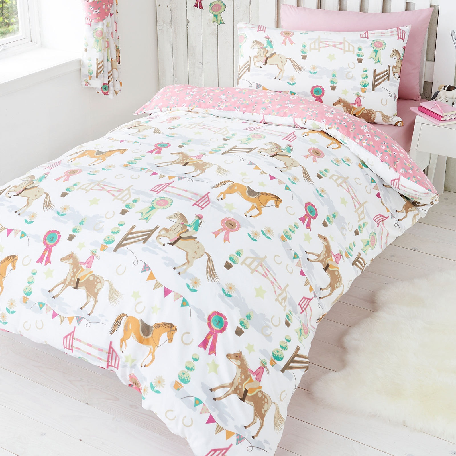 Horse Pony Jumping Show Time Duvet Quilt Cover Daisy Prize