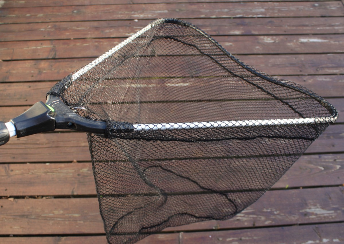 Fly fishing collapsible and telescopic trout landing net for Telescoping fishing net