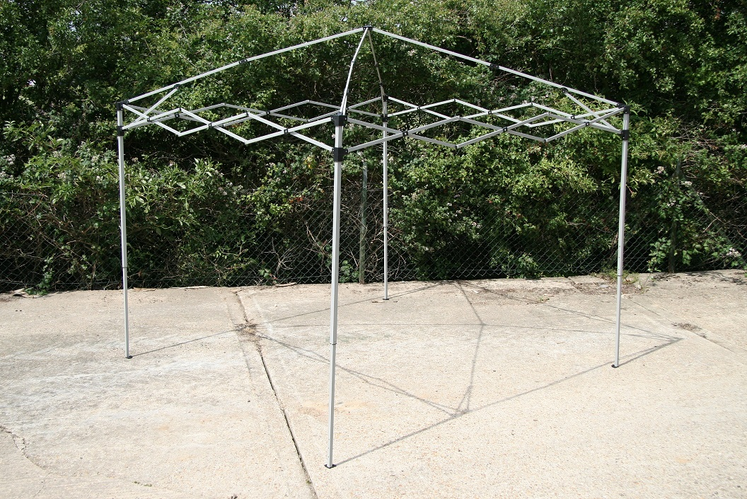 AirWave 2.5x2.5m Pop-Up Gazebo Waterproof Garden Gazebo 2 Windbars 4 Leg Weights  eBay