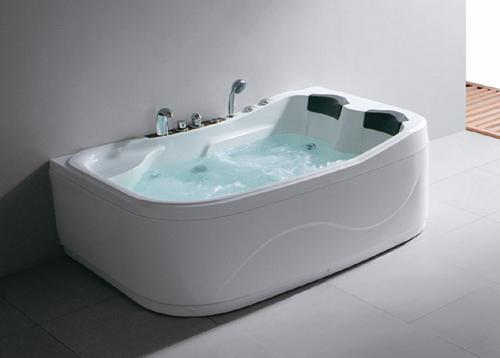 person bathtub home design 2017