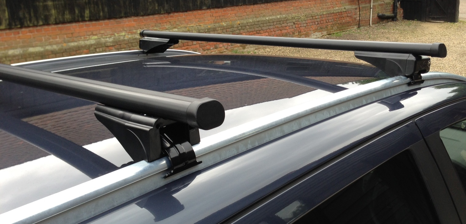 Roof Bars Vauxhall Astra Estate Solid Rails Sep 04