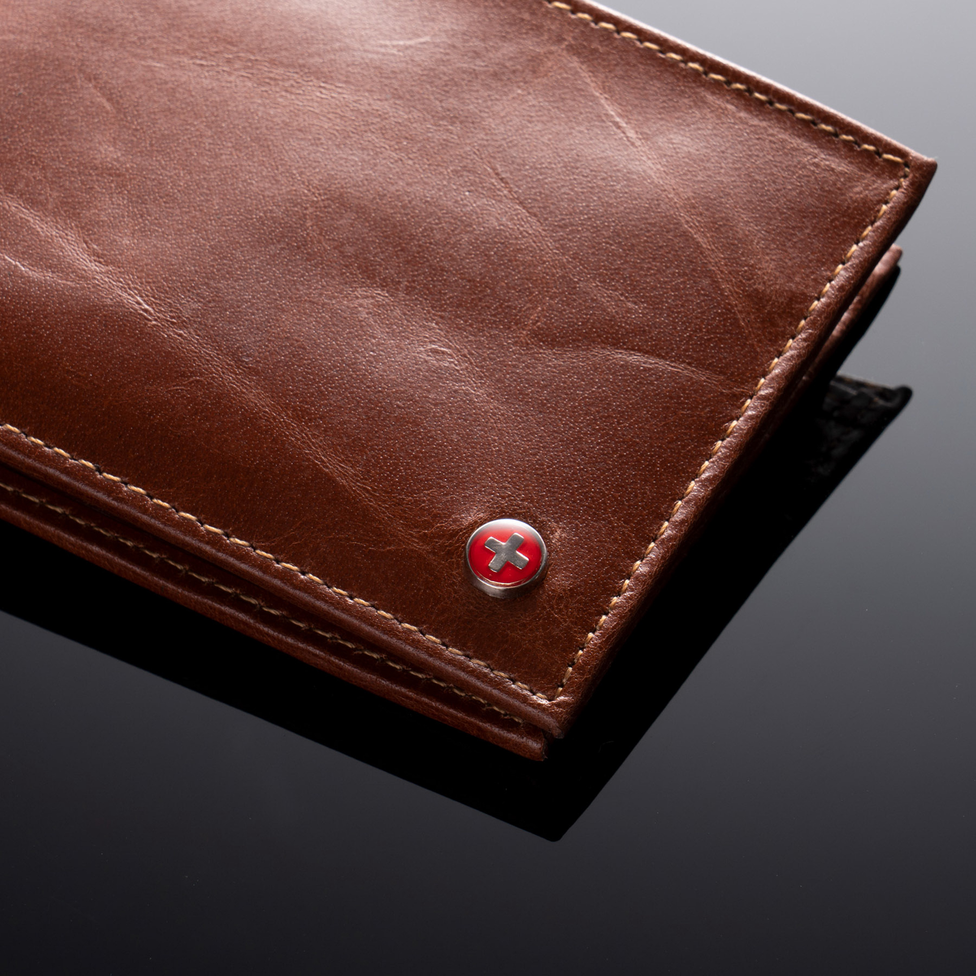RFID-SAFE-Alpine-Swiss-Mens-Deluxe-Wallet-Genuine-Leather-14-Pocket-ID-Bifold thumbnail 27