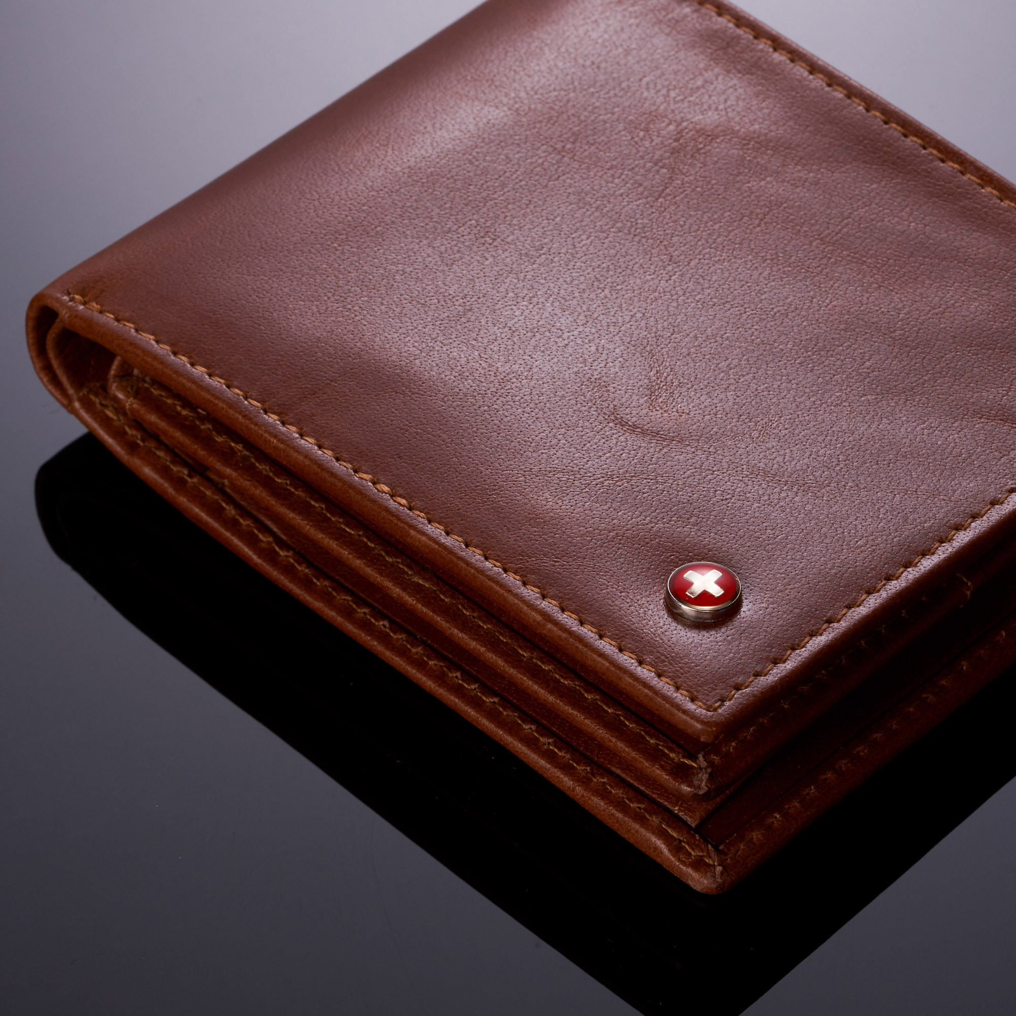 miniature 26 - Alpine-Swiss-RFID-Mens-Wallet-Deluxe-Capacity-Passcase-Bifold-Two-Bill-Sections