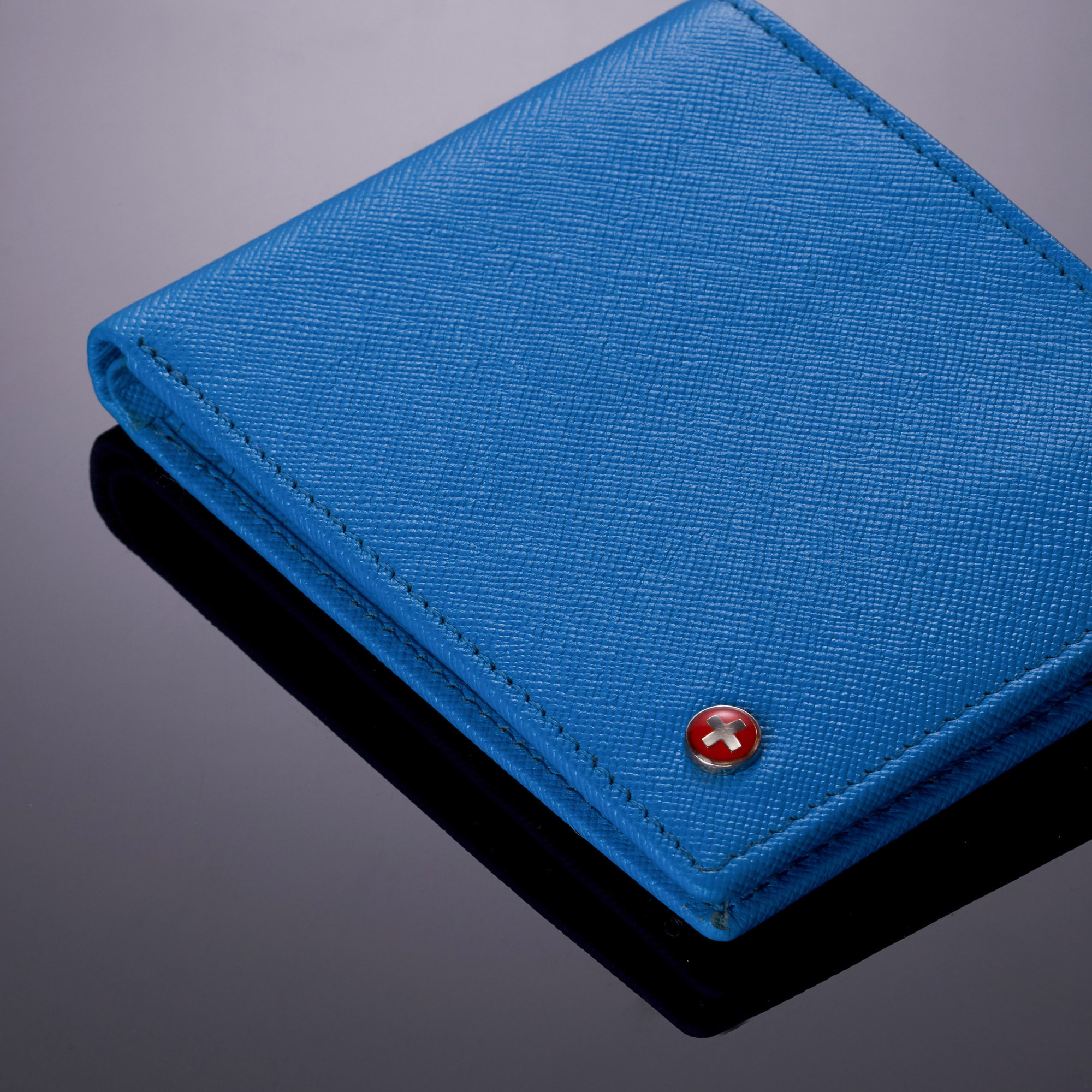 miniature 35 - Alpine-Swiss-RFID-Mens-Wallet-Deluxe-Capacity-Passcase-Bifold-Two-Bill-Sections