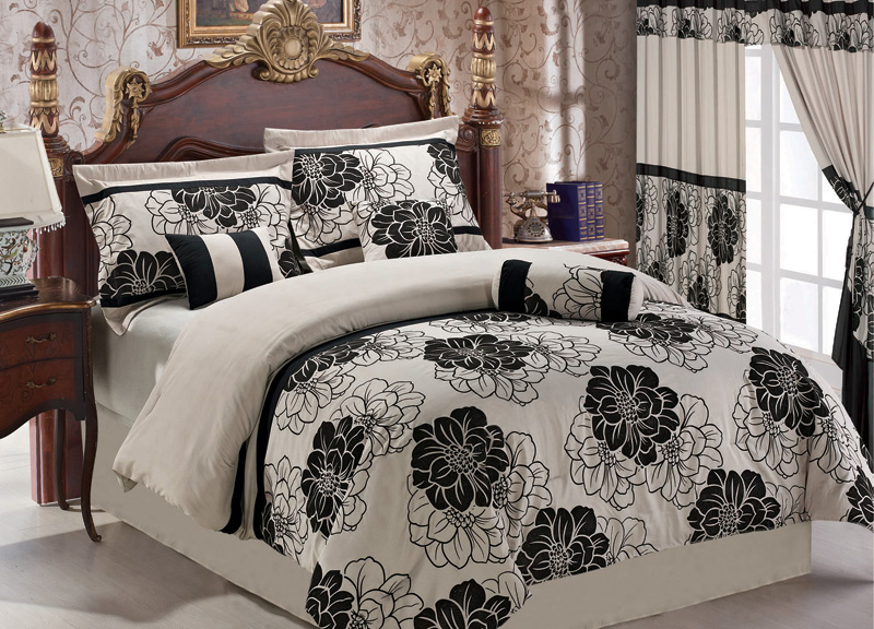 7Pcs Queen Beige/Black Floral Flocking Bedding Comforter Set