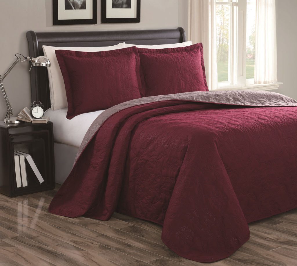 Burgandy Area Rugs Cressida Burgundy/Taupe Reversible Bedspread/Quilt Set King