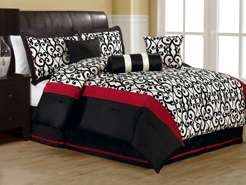 7Pcs Queen Fantasia Flocking Black And White Comforter Set