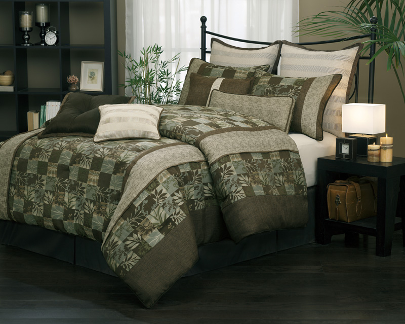 Glenview Curtain Bedding Set W/ Tassels / Sheers