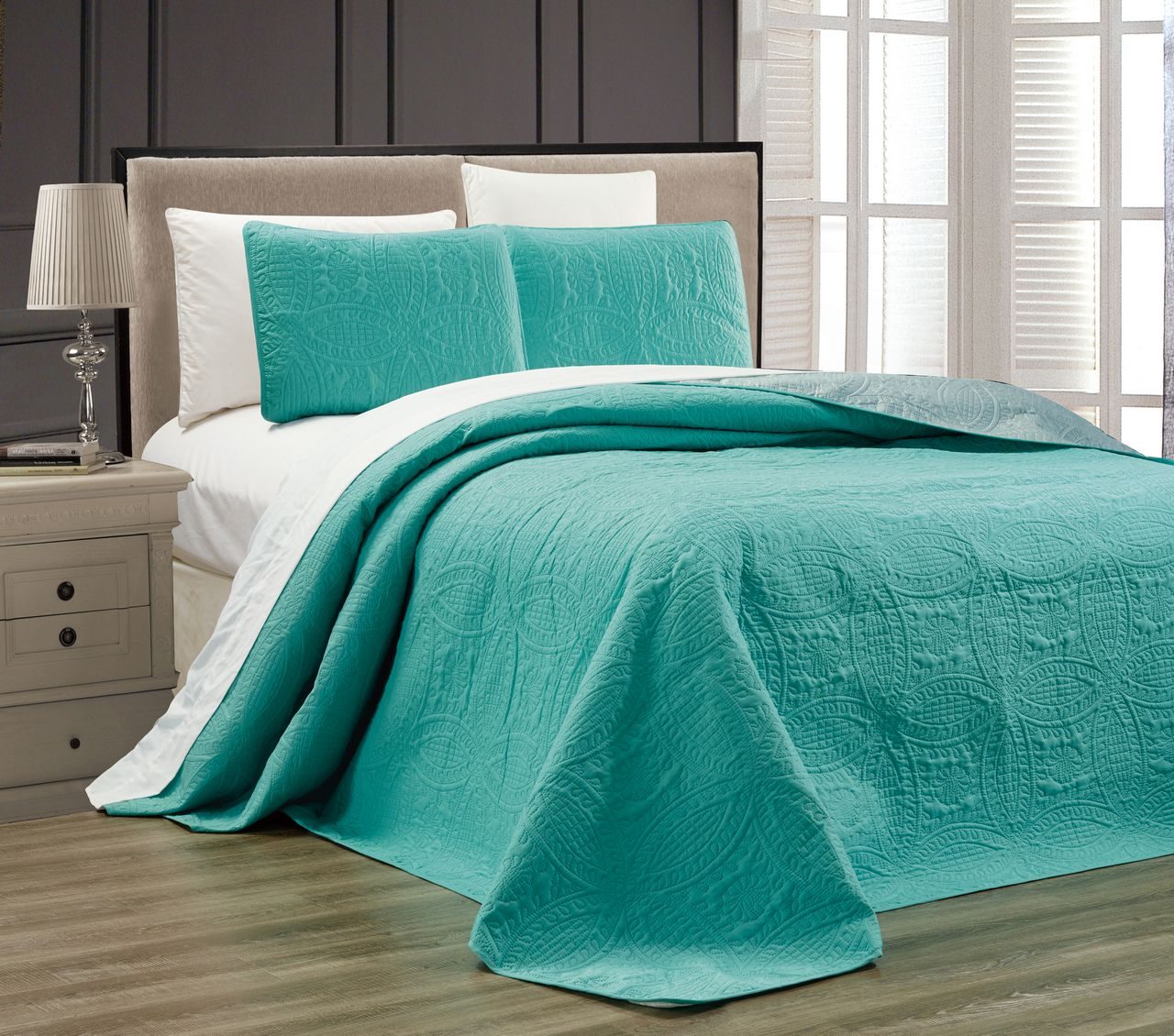 Discover Bedding Comforters & Sets on fattfawolfke.ml at a great price. Our Bedding category offers a great selection of Bedding Comforters & Sets and more. Free Shipping on Prime eligible orders.
