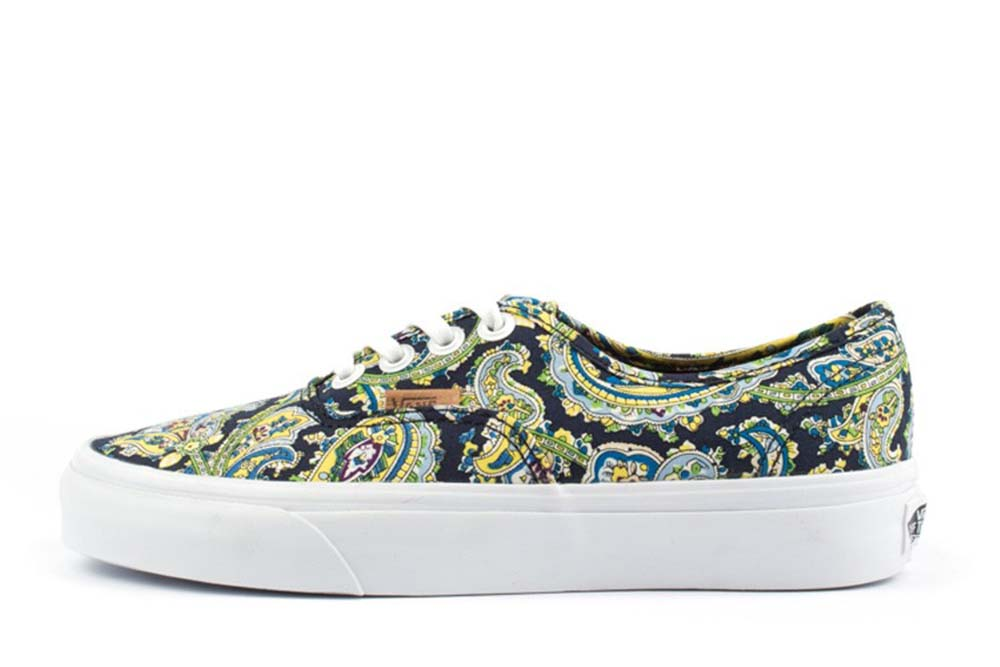 vans authentic paisley