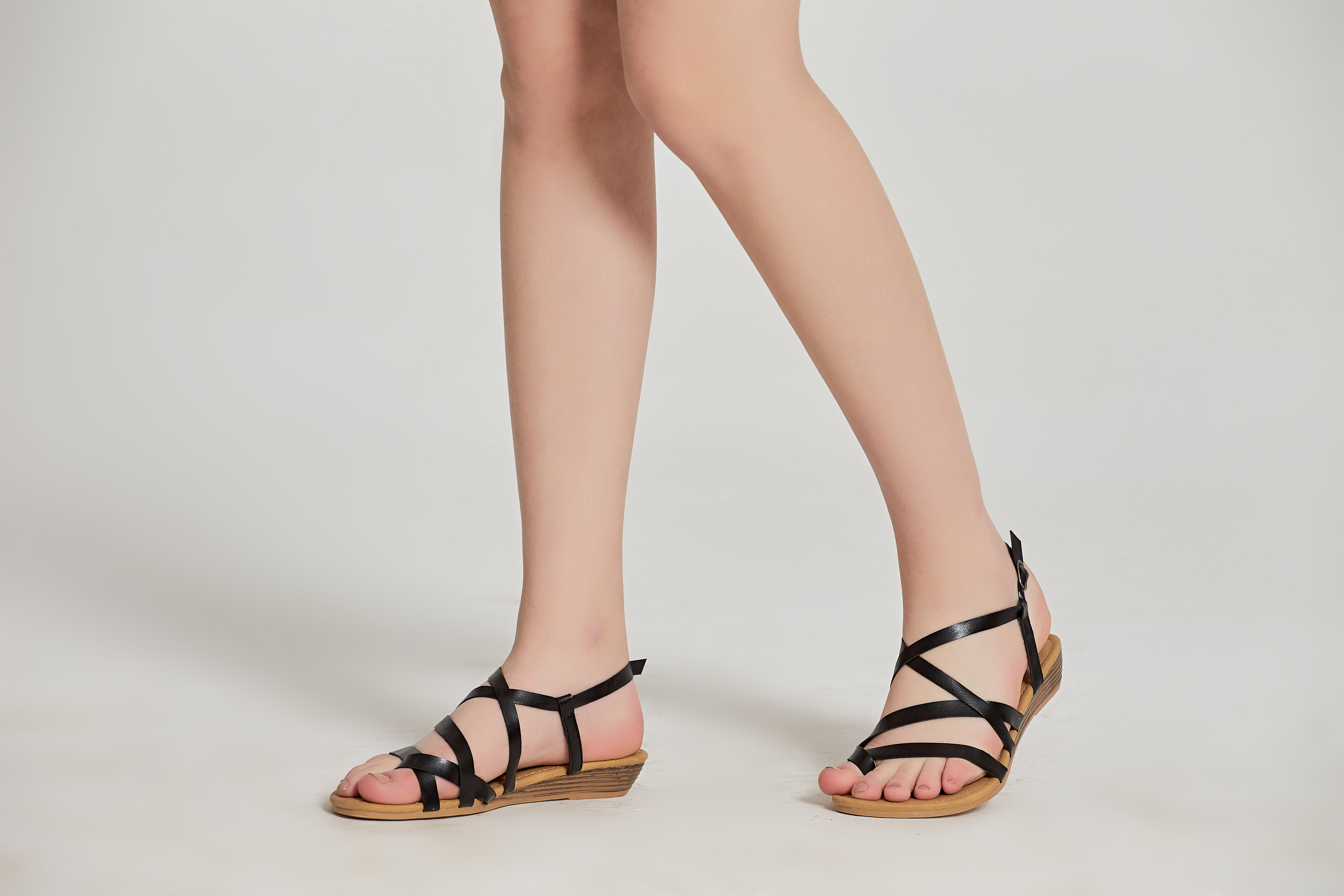f69add6d8 Women s Casual Gladiator Flip Flops Strappy Sandals Summer Shoes ...