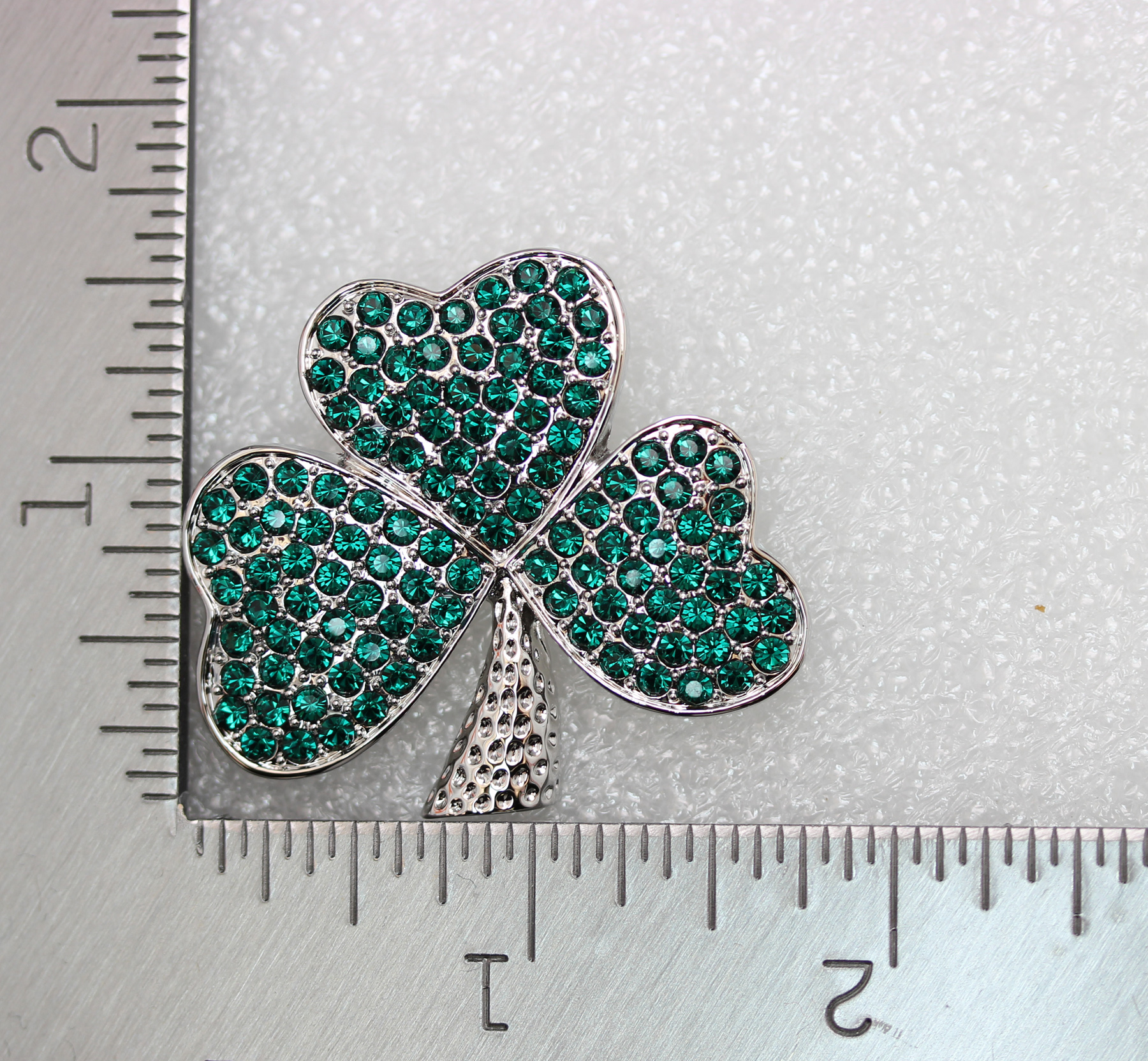 Emerald-Color-Green-Crystal-Shamrock-Clover-Leaf-Pin-Brooch-St-Patricks-Day thumbnail 10