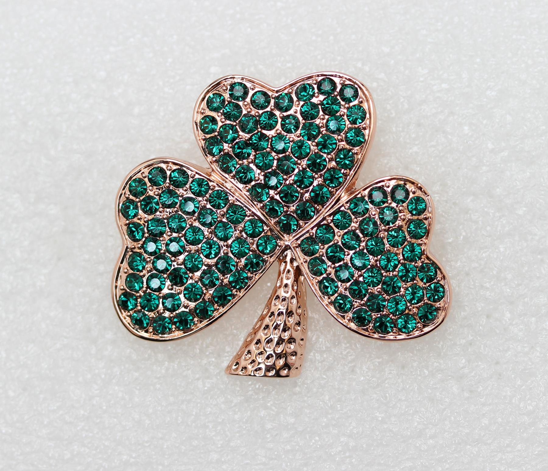 Emerald-Color-Green-Crystal-Shamrock-Clover-Leaf-Pin-Brooch-St-Patricks-Day thumbnail 3