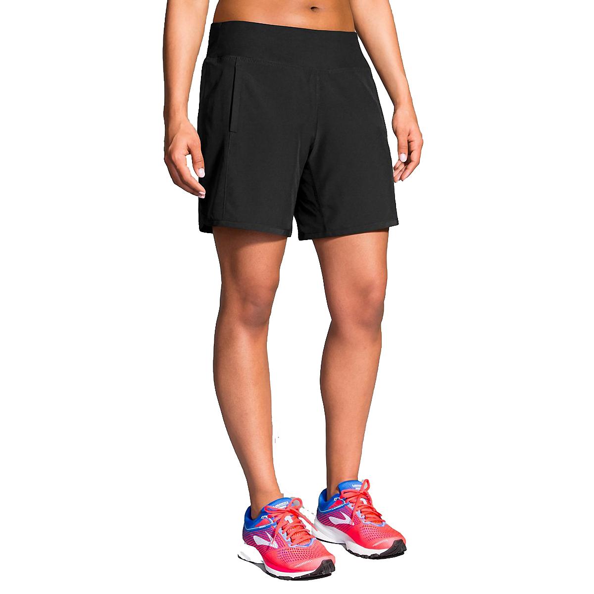 """Women's Brooks Chaser 7"""" Short - Color: Black - Size: XL, Black, large, image 1"""