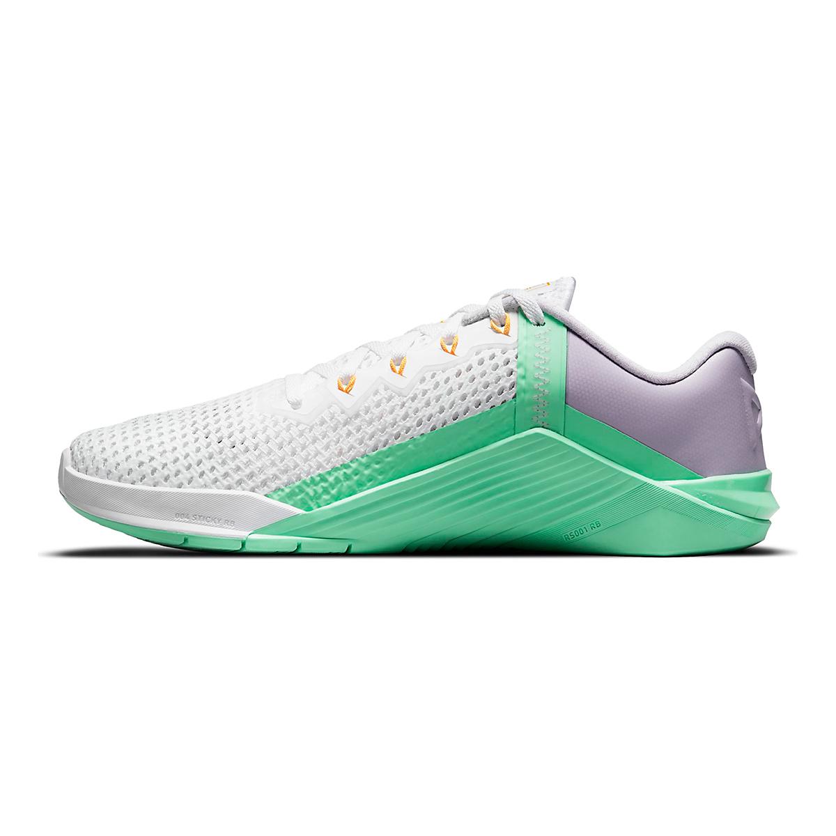 Women's Nike Metcon 6 Training Shoe - Color: White/Smoke Grey/Infinite Lilac - Size: 5 - Width: Regular, White/Smoke Grey/Infinite Lilac, large, image 2