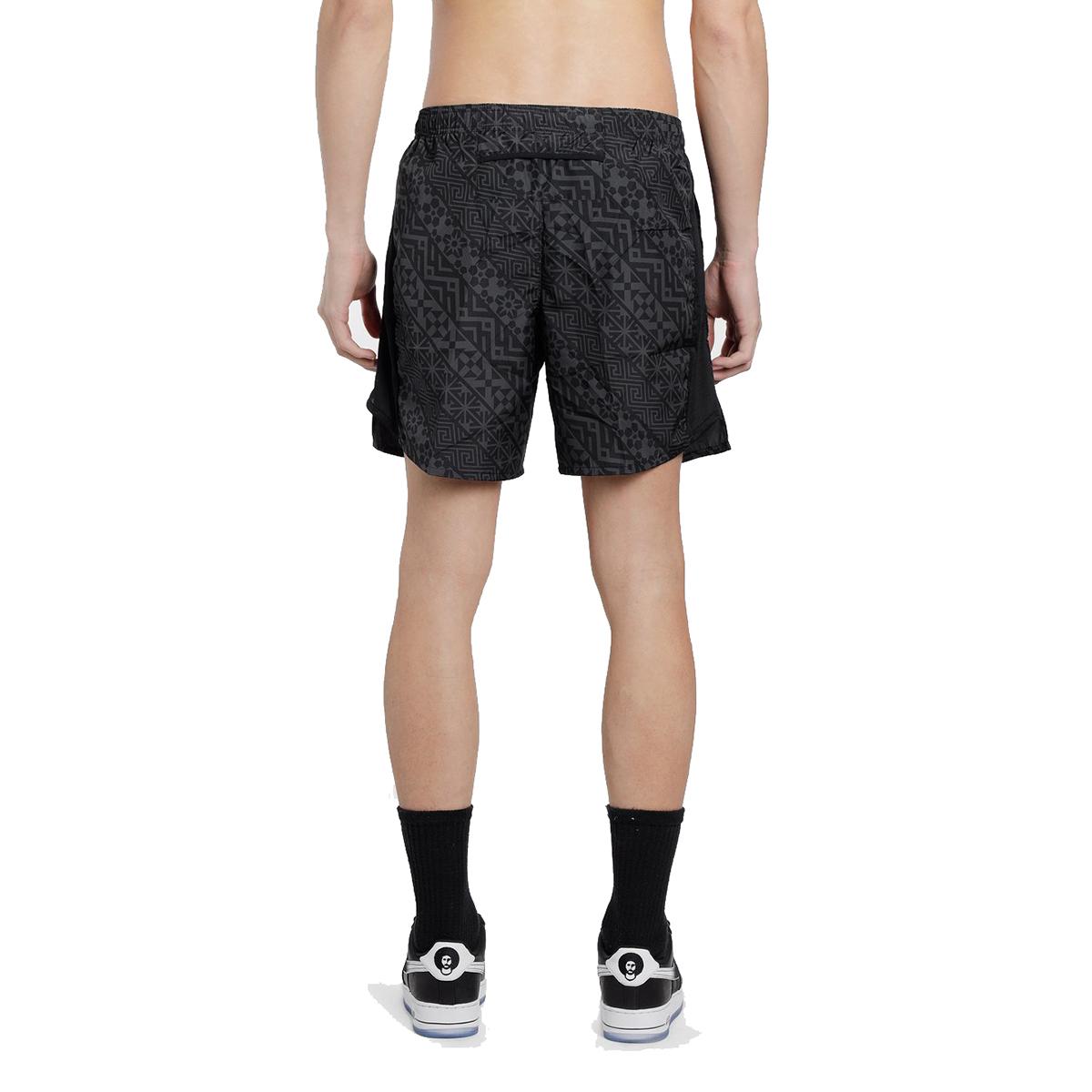 Men's Nike Challenger 7 Inch Short - Color: Black - Size: S, Black, large, image 2