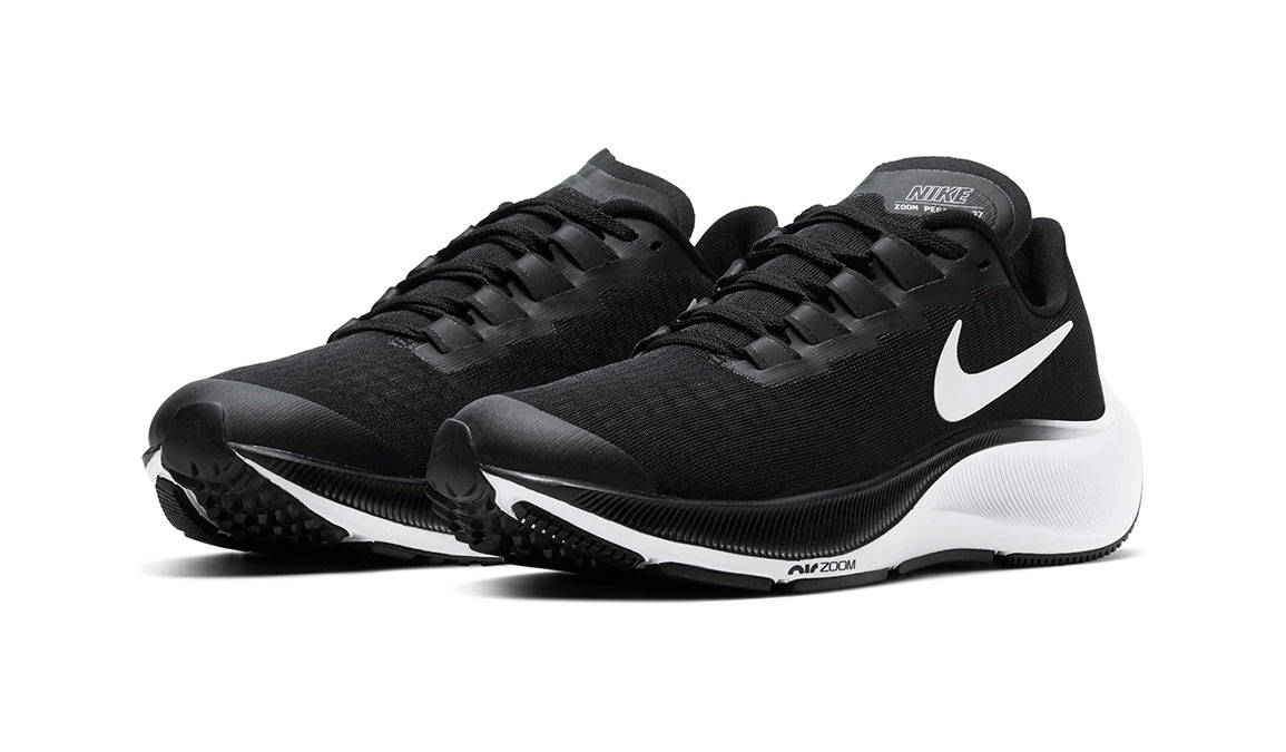 Kid's Nike Grade School Air Zoom Pegasus 37 Running Shoe - Color: Black/White (Regular Width) - Size: 1, Black/White, large, image 3