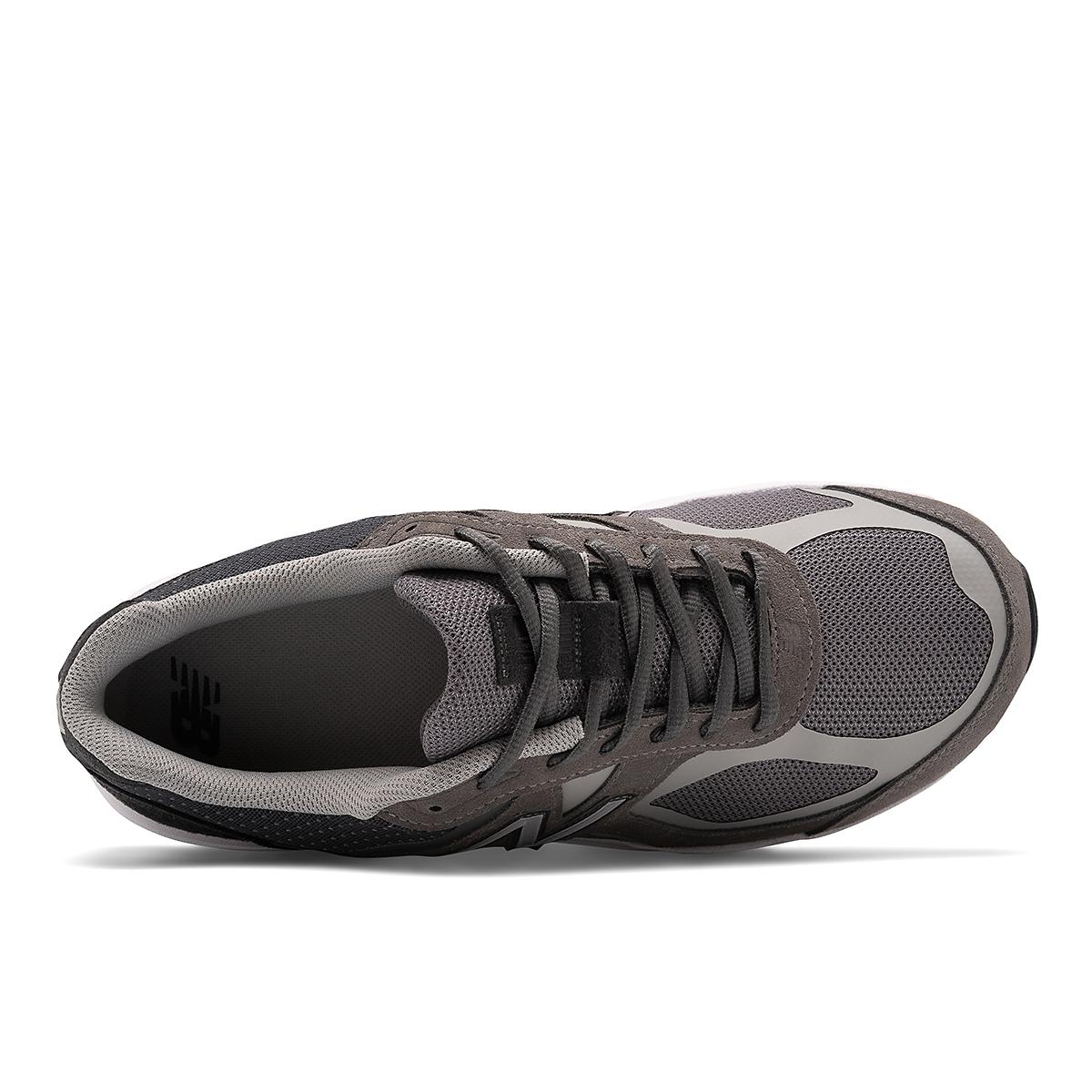 Men's New Balance 1540V3 Walking Shoe - Color: Grey - Size: 7 - Width: Wide, Grey, large, image 3