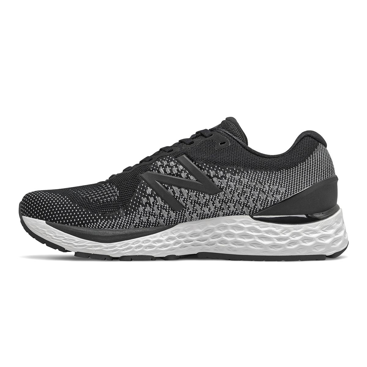 Men's New Balance 880v10 Running Shoe - Color: Black / White   (Regular Width) - Size: 10.5, Black / White, large, image 2